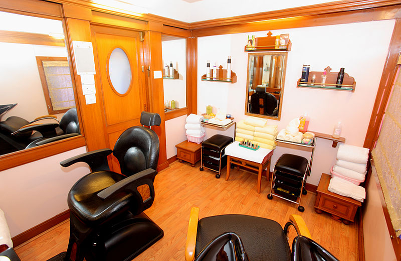 Rent Beauty Room In Salon