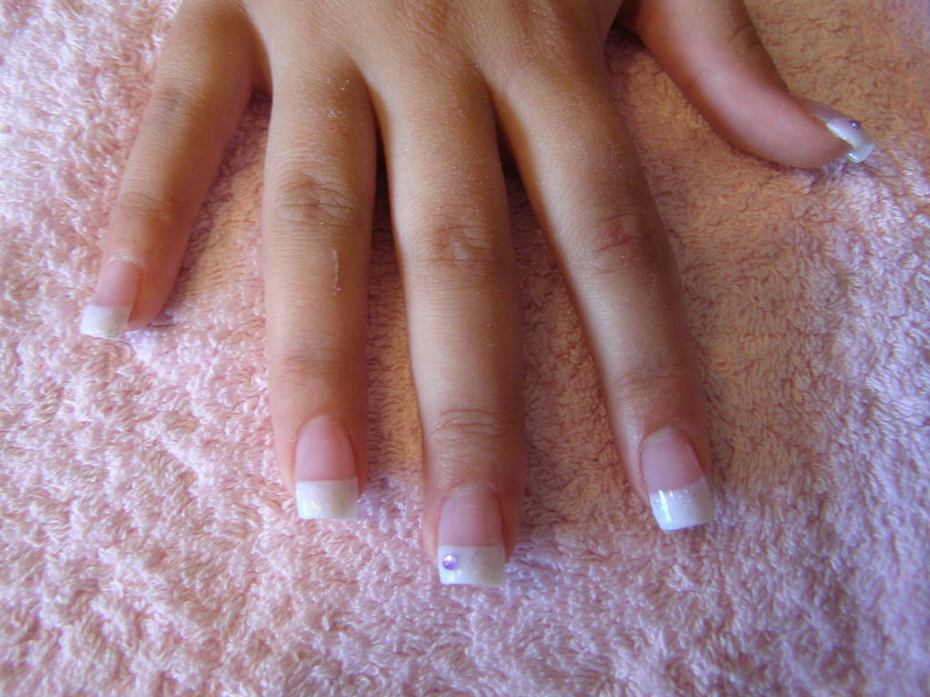 Comparison Of Sculptured Nails Vs Acrylic Nails